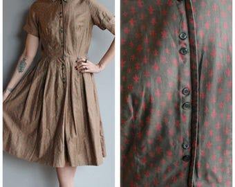 1950s Dress // Fleur De Lis Dress // vintage 50s dress