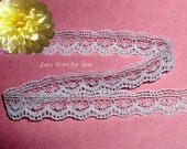 White Lace Trim 14/28 Yards Scalloped 1/2 inch wide Lot N63C Added Items Ship No Charge