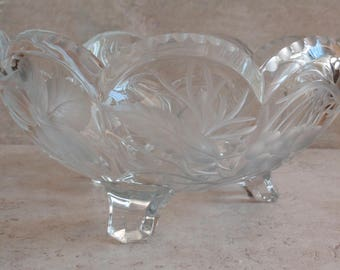 Glass Fruit Bowl Legs Scalloped Edging Etched Pear Cherries Grapes Vintage