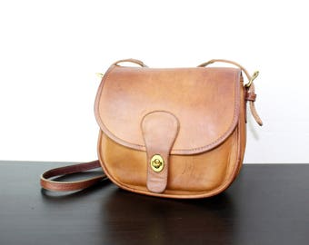 Vintage Coach Saddle Bag Pouch Shoulder Purse, BritishTan Leather with Patina, Boho Leather, Rounded, Shoulder Strap, New York City 040520