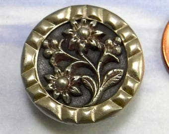 Antique Victorian Button Floral 1 Inch Large Brass Metal Button 182