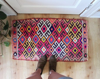 vintage Turkish rug, rustic geometric colorful tiny cicim kilim rug, happy bohemian door mat, meditation rug, bath mat