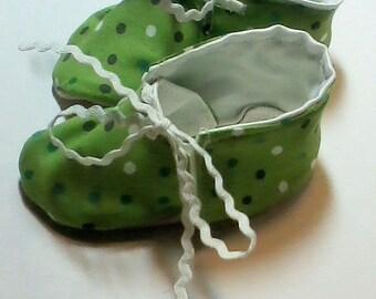 Green Polka Dot Baby Shoes!
