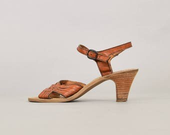 70's Bohemian Leather Sandals (US 9)