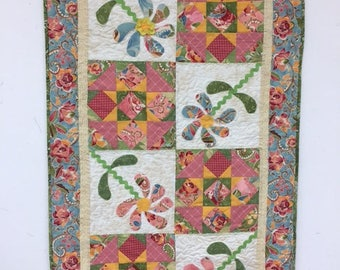 Quilted Floral Table Runner - C