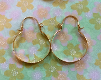 """Small Gold Hoops 1"""" Gold Hammered Hinged Hoop Earrings Wire Jewelry Horseshoe Hoops"""
