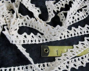 Vintage Bobbin Ecru Lace Trim 1/2 Inch Wide Sold By The Yard