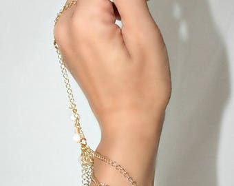 Ring with genuine pearls and gold color (m9 chain bracelet