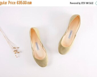 Summer Sale The Suede Ballet Flats in Moss Green, Last Pair - size 37
