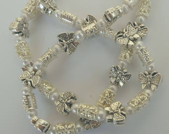 Silver butterflies with tiny pearls bead necklace