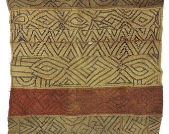 Kuba Raffia Textile Ntshak Congo 28 Inch African Art 108120