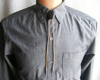 Black stone laced with agate - bolo tie