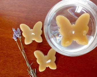 Butterfly floating candles / Set of 3 beeswax naturaly scented candles / Spring Summer celebration / Home & garden decor / Unisex gift idea