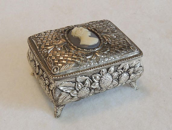 Vintage Silverplate Footed Jewelry Trinket Box Japan.  Floral & Cameo Cabochon