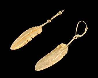 Daniel Leslie Jewelry Signature 18k Yellow Gold Feather Earrings with Solid 18k White Gold Signature Hallmarks