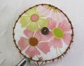 Pippa for Blend Fabrics. Retractable tape measure, covered with fabric