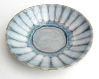 Ceramic Art Pottery Decorative Bowl Dish: Handmade stoneware pottery in shades of grey