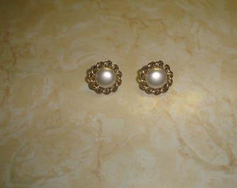 vintage clip on earrings goldtone braid faux pearls