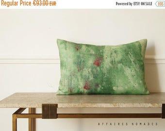 "ON SALE Green pillow  / Splash / Linen square art pillowcase  14""x 22""...  /  FRAGMENTS"