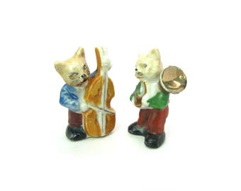 Ceramic Cat Musician Figures. Miniature Bass Fiddle & Horn Players. Made in Japan Hand Painted Figurines. Vintage 1950s Japanese Figurines