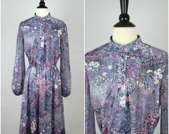 Summer Sale Vintage royal blue paisley bohemian collared dress / bright striped detail ethnic long sleeve day dress / cinched waist