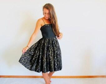 1/2 Off SALE Vintage 50s Sundress, Spaghetti Strap, Cotton Full Skirt, Rockabilly Dress