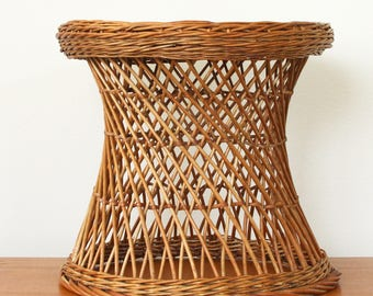 Mid Century Rattan End Table Round - Wicker Plant Stand