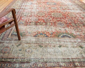 10.5x13 Antique Distressed Mahal Carpet
