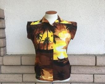 Vintage Hawaiian Top Blouse 1970s Women Tropical Shirt Brown Yellow Size XS, S
