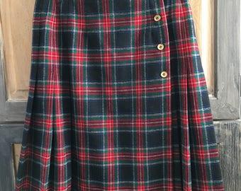 Vintage Pendleton Wool Kilt Skirt in Authentic Black Stewart Tartan Plaid