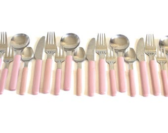 Mauve Pink Plastic Handle Silverware Set Stainless Steel Hong Kong, Complete Set, Service for 4, 1980s 1990s Kitchen, Dusty Rose Picnic Ware