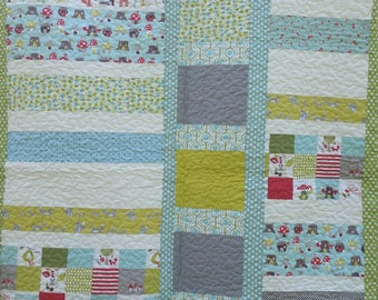 Beautiful neutral baby quilts with organic cotton