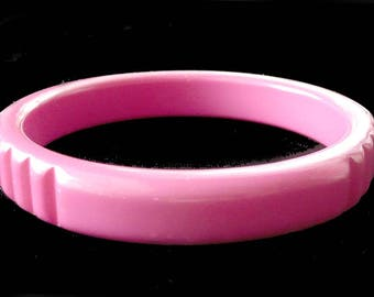 Carved Bangle Bracelet Hot Pink Lucite Retro Fun