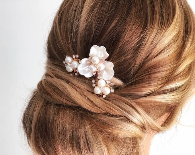 Flower Hair Pins, Bridal Headpiece, Gold Mother of Pearl Headpiece, Ivory Flower Hair Piece, Wedding Hair Accessories, Bridal Headpiece,
