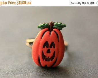 SUMMER SALE Pumpkin Ring. Halloween Jewelry. JackoLantern Ring. Halloween Ring. Jack o Lantern Ring. Adjustable Ring. Bronze Ring. Handmade