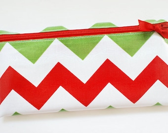 Christmas budget cash envelope system wallet with 6 tabbed dividers | red, green, white chevron
