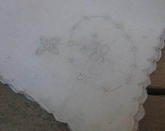 White Embroidered Hankie, Bridal Hankie, Something Old Wedding Hankie, Ladies Handkerchief, White Handkerchief, Pocket Hankie