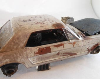 Scale Model Car.Steampunk,Ford Mustang,Classicwrecks,Pony Car,Junkyard Dog,Junker Model