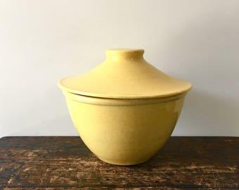 Vintage Yellow USA Pottery Kitchen Bowl with Lid, 2 Quart Bowl