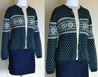 Fair Isle Cardigan / Fair Isle Sweater / Snowflake Cardigan / Snowflake Sweater / Green Sweater / Green Cardigan / Medium Large