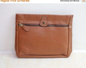SALE Vintage 70's Toffee Leather Clutch Handbag