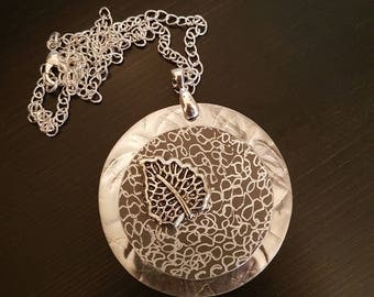Leaf Necklace in Gray