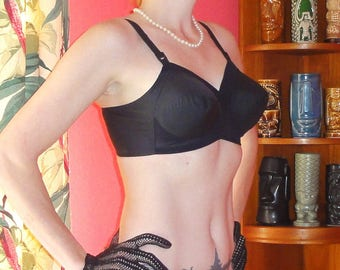 Vintage Black Exquisite Form Bullet Bra 42 C pin up 1950's burlesque mid century Mad Men retro bettie page boudoir lingerie pointy bra pinup