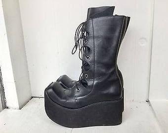 Vintage 90s steampunk boots 7 / black leather lace up boots / platform combat boots /  vintage black boots / black lace up boots