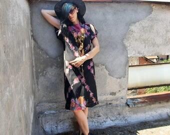 Floral 70s Dress - Summer VNTG Dress, Floral Pattern 60s Dress