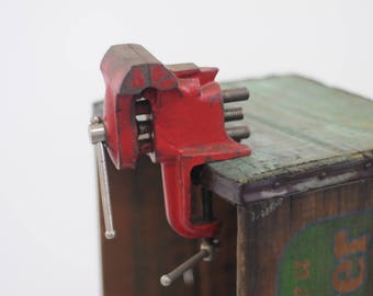 Small Bench Vise Jewelers Watchmakers Engraving Engravers Vise With Anvil
