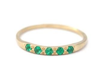 ON SALE Gold Emerald Ring, Emerald Wedding Band, Emerald Ring Band, Dainty Gemstone Ring, simple gemstone ring, wedding bands women