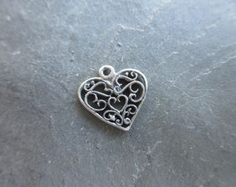 Sterling Silver 925 Artisan style heart charm lacy flourish pattern oxidized finish 14mm x 14mm boho chic bracelet charm pendant H121