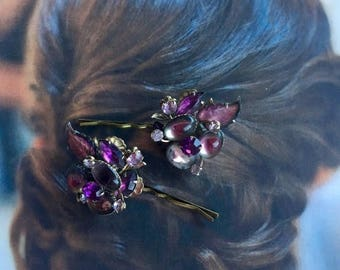 1stDayofSummerSALE Bridal Hair Pins Jewelry 1940's Decorative Art Glass Purple Amethyst Lavender Leaves Hairpins Bobby Pins