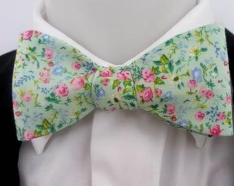 Mens bowtie ~ Green floral design ~ quality cotton